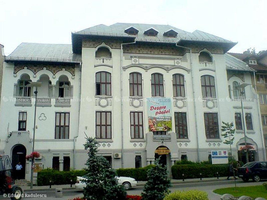 Muzeul Olteniei. Muzeul de Stiintele Naturii