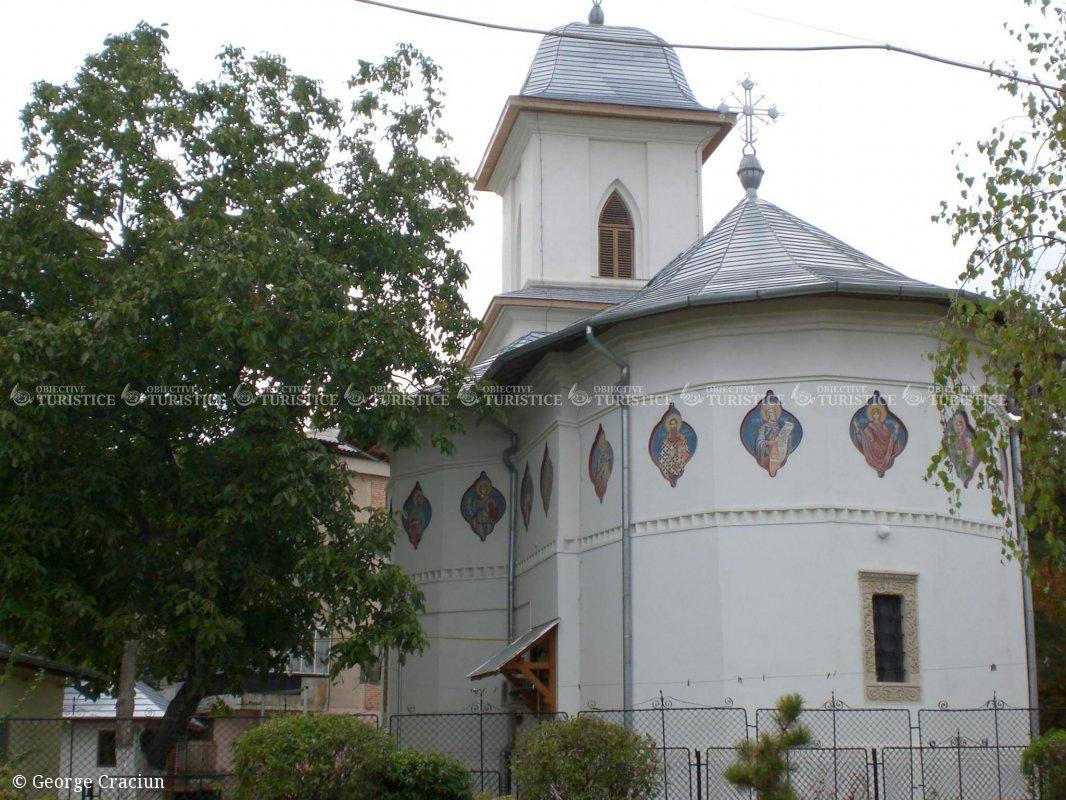 Biserica Adormirea Maicii Domnului Donie
