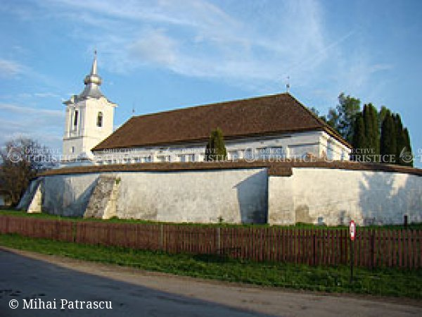 Biserica fortificata din satul Zabala