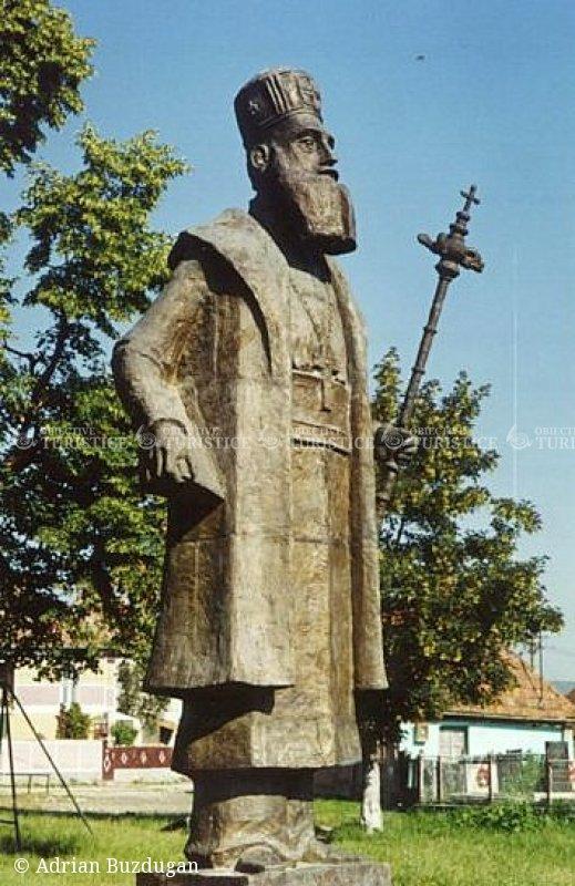 Statuia lui Andrei Saguna