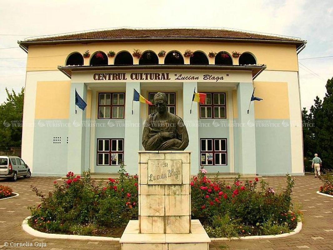 Centrul cultural Lucian Blaga