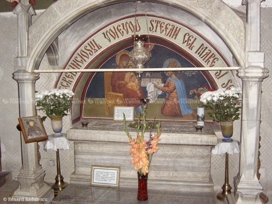 Mormantul lui Stefan cel Mare