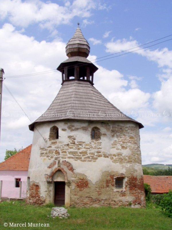 Capela Romanica - Monument