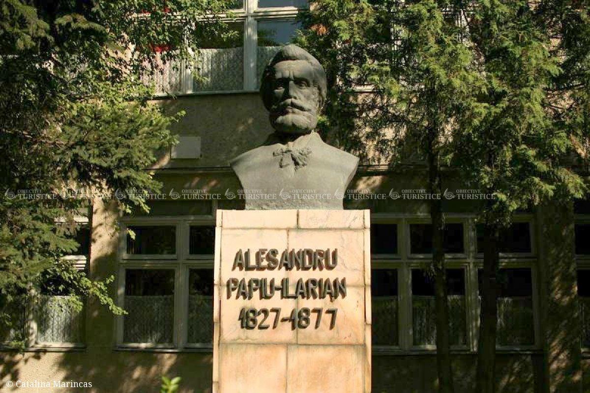 Bustul lui Alexandru Papiu-Ilarian