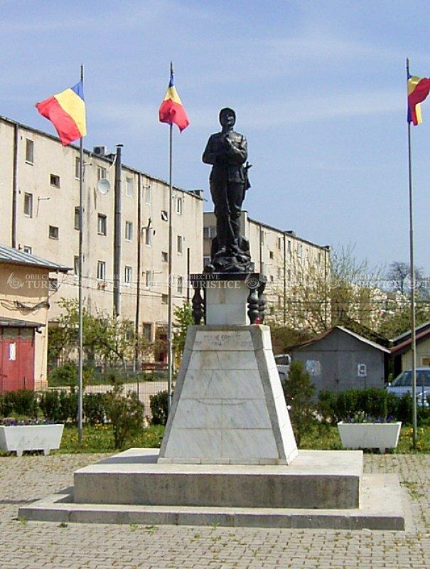 Monumentul Eroilor Neamului
