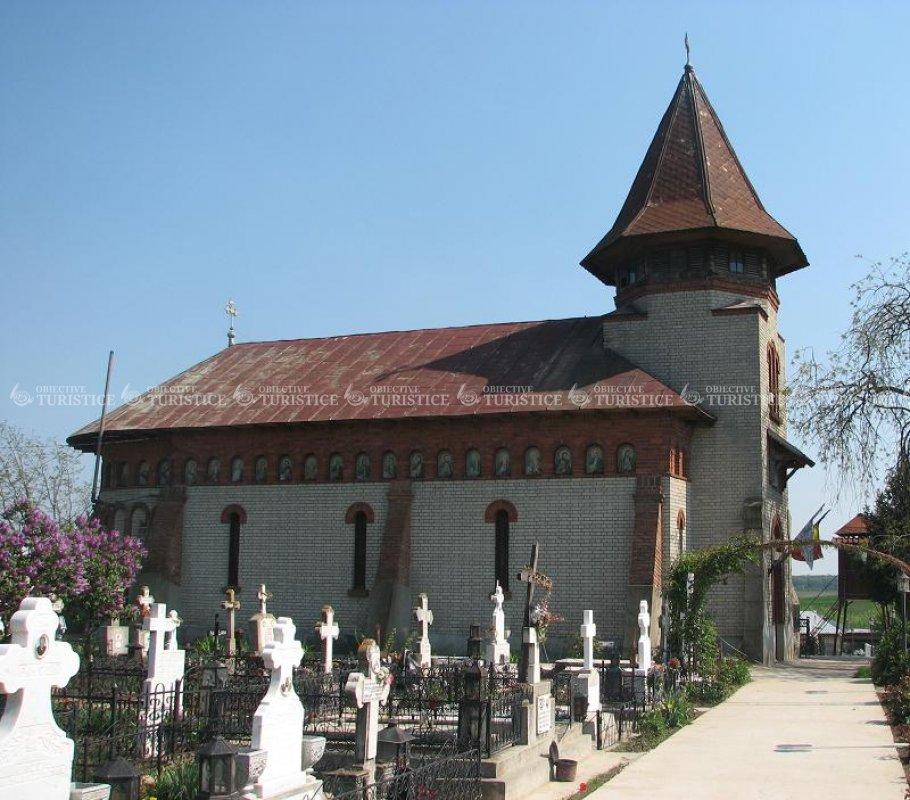 Biserica Sf Nicolae din satul Moara Domneasca