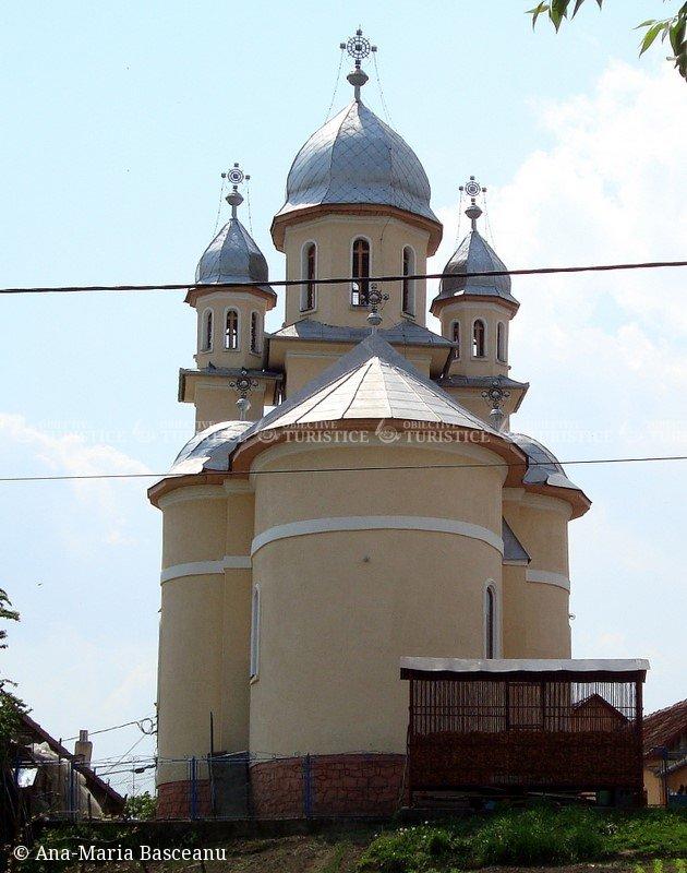Biserica de piatra Sf . Petru