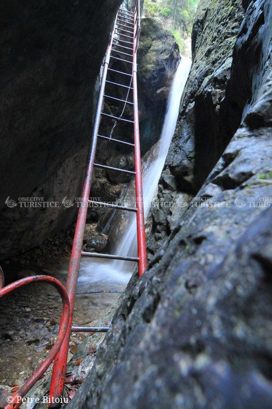 Cascada Tamina