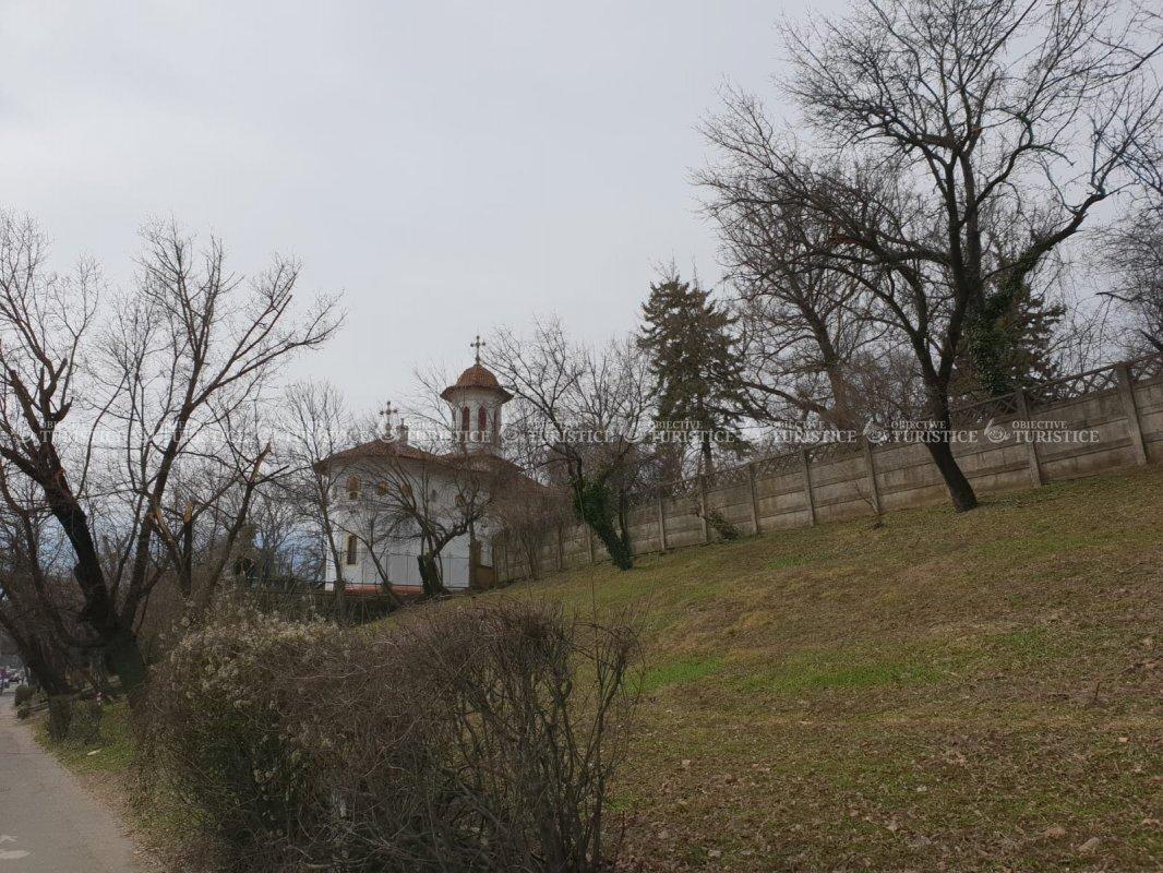 Biserica Sfântul Nicolae - Băneasa