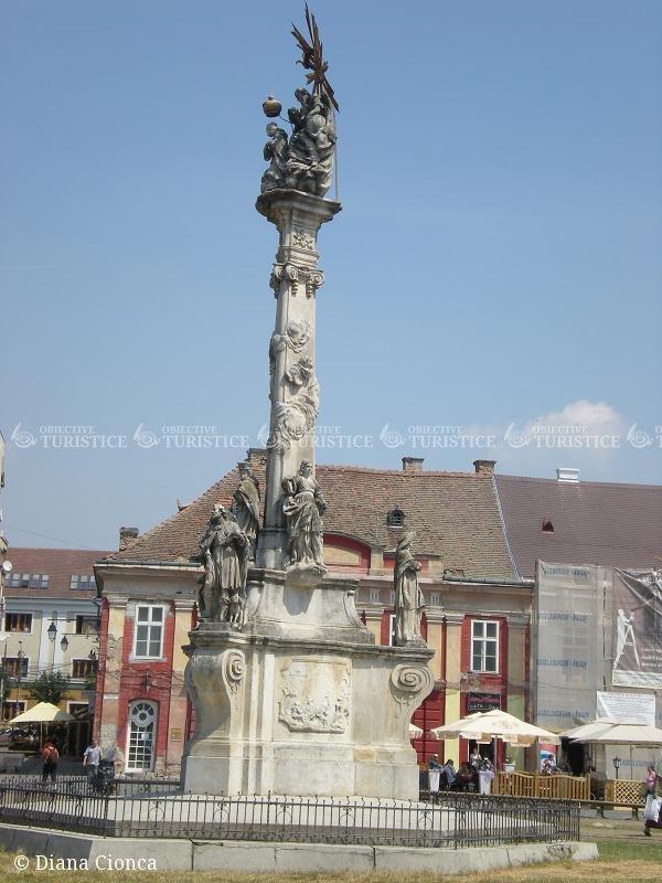 Statuia Sfintei Treimi