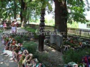 Monumentul funerar Tamási Áron