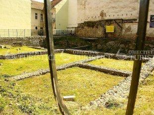 Rezervatia arheologica din Piata Muzeului