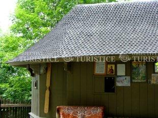 Biserica din lemn - Sihla