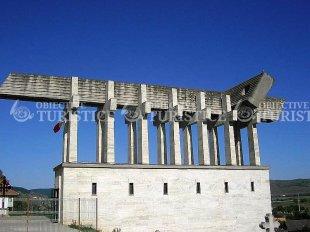Monumentul Calvarul Aiudului