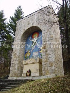 Mausoleul iubirii - Octavian si Veturia Goga