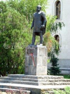 Statuia lui Orban Balazs