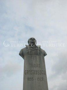 Bustul lui Traian Grozavescu