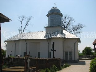 Biserica Sf Nicolae Maineasca