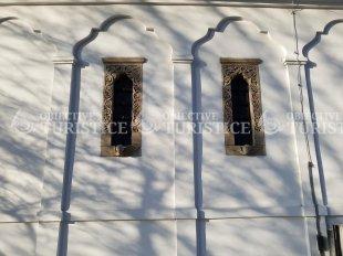 Biserica Bucur - Sfintii Atanasie si Chiril
